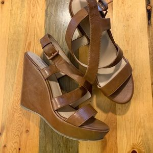 X-Appeal Strappy Wedges